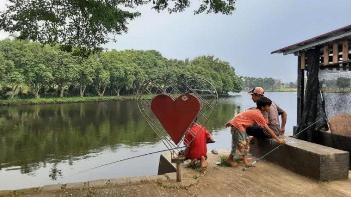 Taman Cinta Kemuning Bojonggede Bogor Jadi Lokasi Favorit Ngabuburit, Nunggu Buka Sambil Mancing