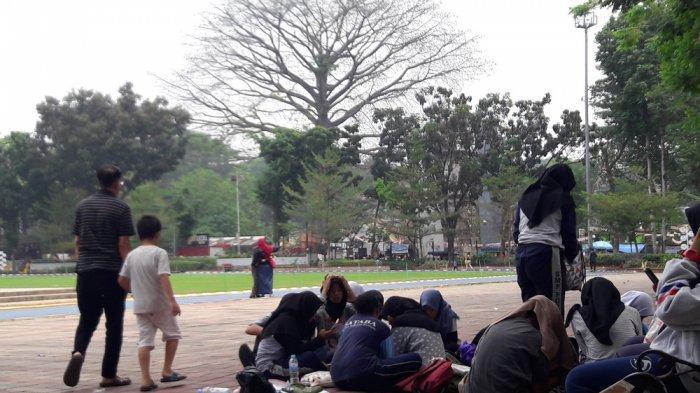 Bersantai dengan Keluarga Di Akhir Pekan, Taman Lapangan Sempur Jadi Pilihan