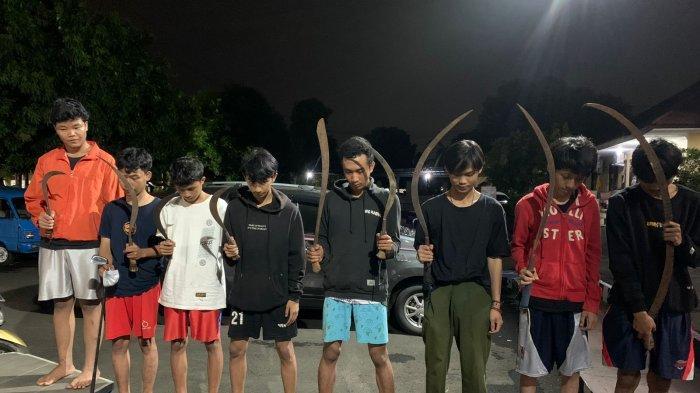 Hendak Tawuran, Sejumlah Pelajar SMK di Cileungsi Diamankan Polisi, 8 Celurit Disita
