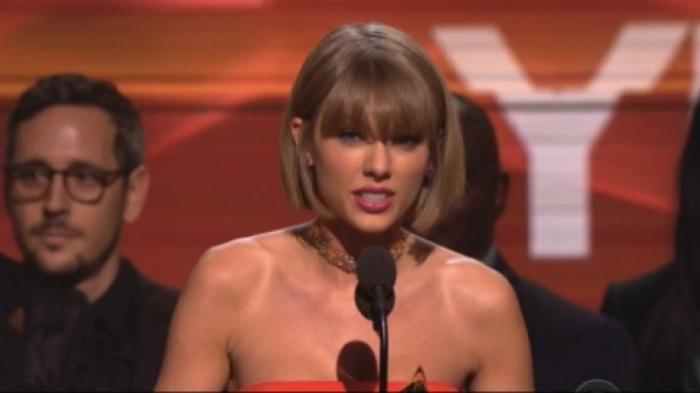 VIDEO - Ini Sindiran Taylor Swift Kepada Kanye West di Grammy Awards 2016