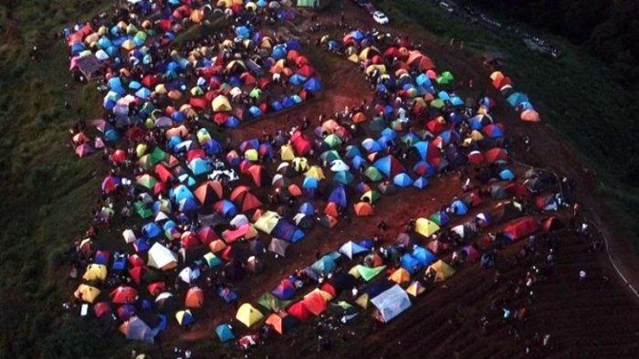 Viral Foto Bukit Alas Bandawasa Bogor Dipadati Pendaki Saat Pendemi, Ratusan Tenda Berkerumun