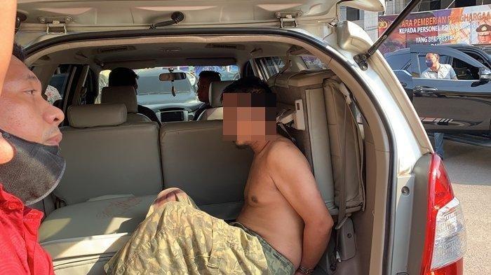 Pengakuan Tersangka yang Tusuk Leher Anggota Polisi saat Bertugas, Pelaku: Saya Teroris Pak