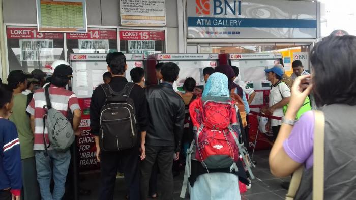 Mulai 1 Agustus 2019, PT KCI Hapuskan Pembelian Tiket Harian KRL di 5 Stasiun