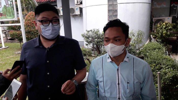2 Jam di Kantor BPN Kabupaten Bogor, Tim Kuasa Hukum Rocky Gerung Ngaku Belum Audensi