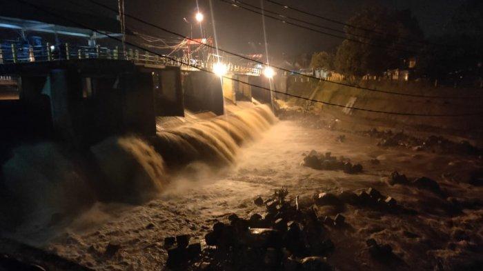 Kota Bogor Diguyur Hujan Sejak Sore, Begini Kondisi Tinggi Muka Air Bendung Katulampa