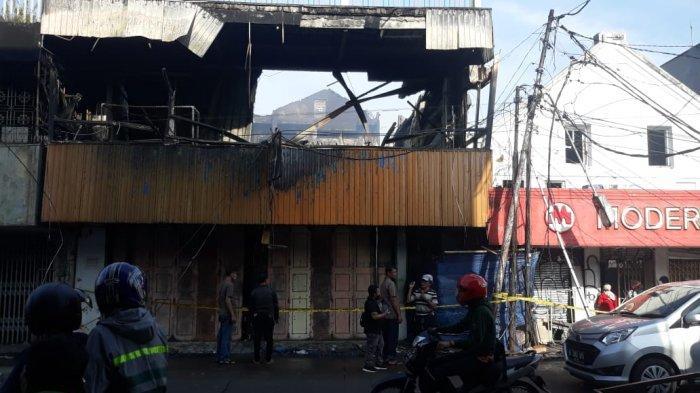 2 Toko di Jembatan Merah Bogor Kebakaran, Pemadam 12 Jam di Lokasi
