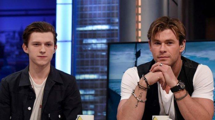 Spiderman dan Thor Didatangi Barong & Dihadiahi Wayang Saat di Bali, Chris Hemsworth: Mantul !