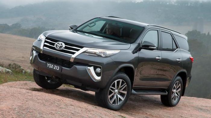 Harga Mobil Fortuner Bekas, Toyota Fortuner Keluaran 2005 - 2010 di Bawah Rp 200 juta