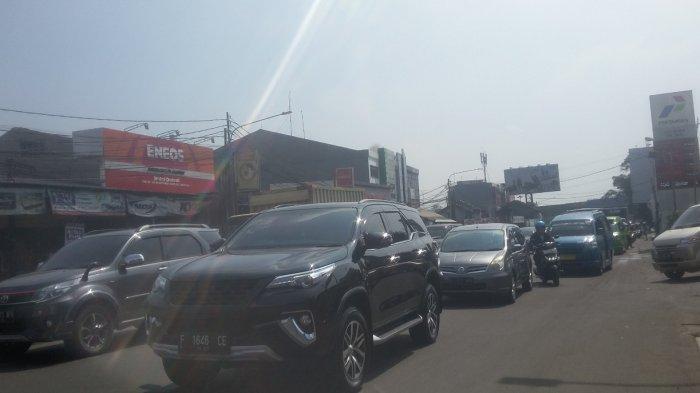 Info Lalu Lintas : Akhir Pekan Ini Jalan KS Tubun Padat Merayap