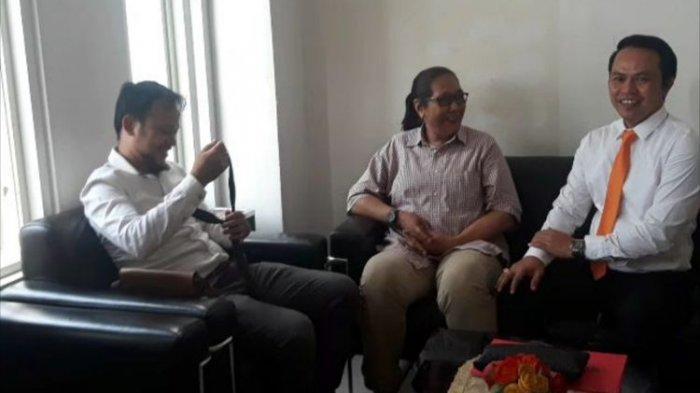 Tri Susanti Tersangka Ujaran Kebencian di Asrama Mahasiswa Papua Surabaya, Pengacara Belum Tahu