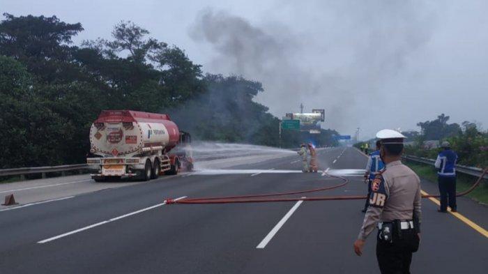 Truk Tangki Pertamina Terbakar di Tol Jagorawi KM 18, Ini Dugaan Penyebabnya
