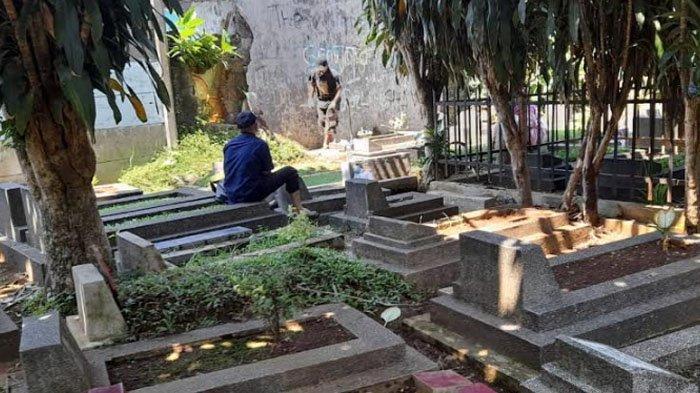 Ziarah Kubur Ditiadakan, Tukang Bersih-bersih Makam Bingung Cari Penghasilan Penganti