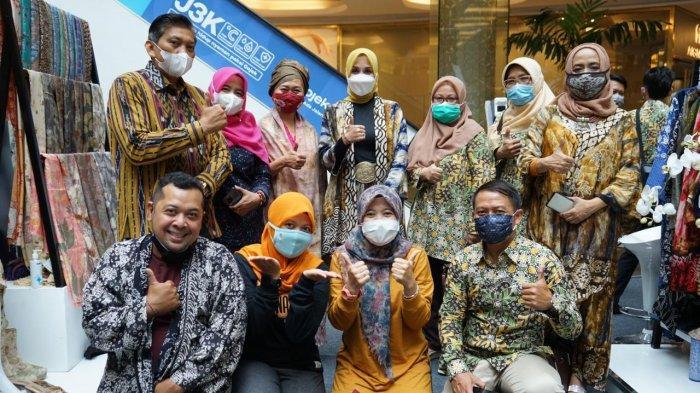 UMKM Kota Bogor saat tampil dalam Pekan Kerajinan Jawa Barat dan Karya Kreatif (KKJ) Jawa Barat 2-4 April 2021.