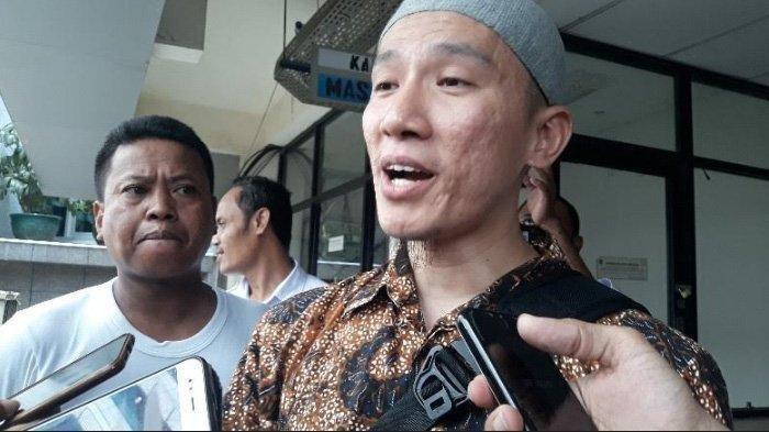 Sempat Dibatalkan, Ustaz Felix Siauw Tetap Ceramah di Masjid Balai Kota DKI Jakarta