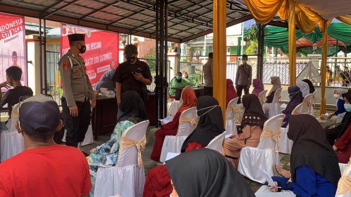 Digelar Serentak di Empat Titik, Vaksinasi Massal di Nanggung Bogor Disambut Antusias Warga