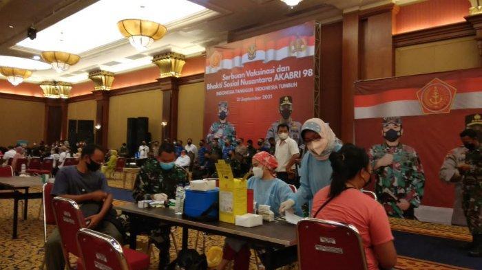 Serbuan Vaksinasi AKABRI 98 di Bogor, Peserta Vaksin Dapat Paket Sembako Gratis