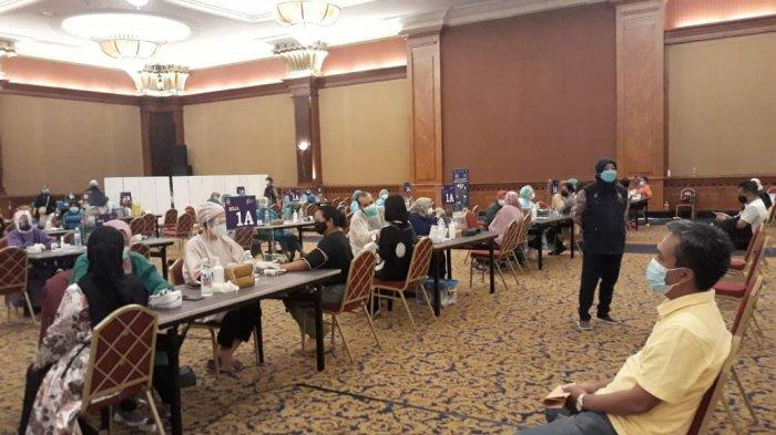 Vaksinasi massal untuk target sasaran masyarakat umum di Kota Bogor mulai dilaksanakan, Selasa (22/6/2021).