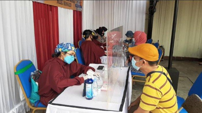 Sempat Was-was, Warga Pabuaran Bojonggede Bogor Ini Tepiskan Isu Miring Bahaya Vaksinasi Covid-19