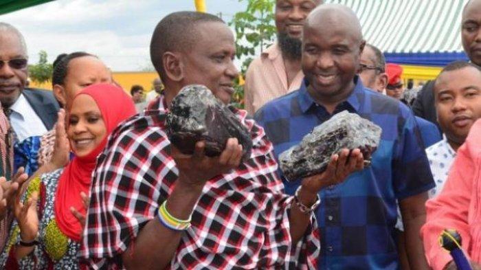 Temukan Batu Langka Seharga Rp 42 M, Pria Ini Jadi Miliarder Dadakan, Ingin Bantu Bangun Sekolah