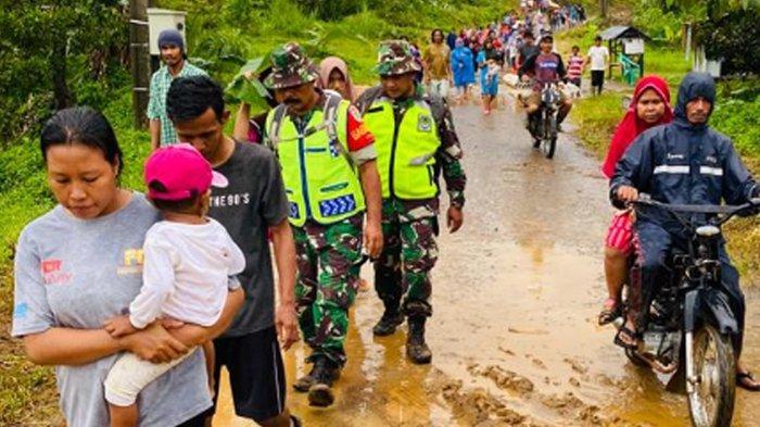 Tinjau Lokasi Longsor, Jokowi Ingin Akses ke Daerah Terisolir di Sukajaya Bogor Segera Dibuka