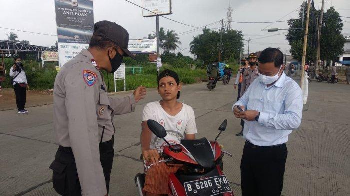 Tak Pakai Masker, Belasan Warga Bojonggede Terjaring Operasi Yustisi di Simpang Bambu Kuning