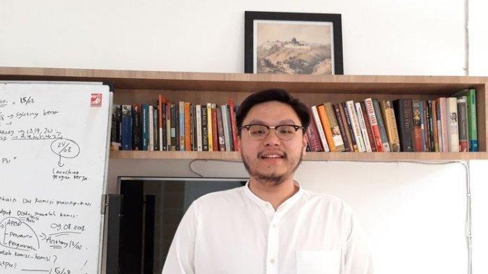 M Qodari Tanya Latar Belakang Politisi PSI yang Bongkar Anggaran Aibon : Anda Siapa Berani-beraninya