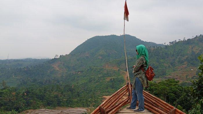 Tak Kalah Seru, Ini Pilihan Lain Wisata Alam Bogor Selain Puncak : Curug hingga Penangkaran Elang
