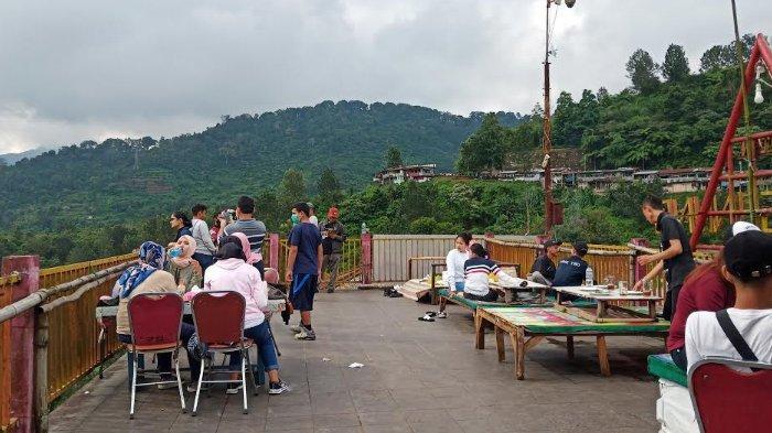 Suasana Wisata Riung Gunung Puncak Bogor di Tengah Pandemi