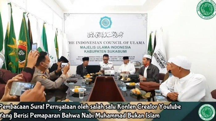 YouTuber Sukabumi minta maaf di hadapan MUI setelah hina Nabi Muhammad bukan Islam
