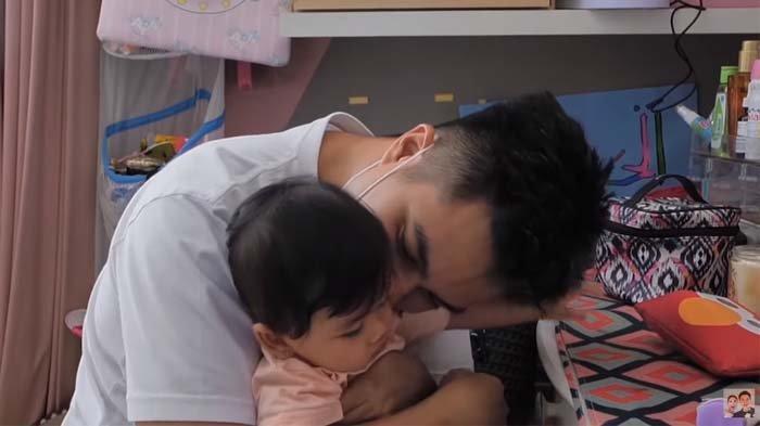 Baim Wong cium Zunaira, kagum pada putri Syahnaz karena wangi