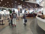 aktifitas-di-mall-kawasan-sentul-city.jpg