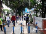 aktivitas-warga-dan-pejalan-kaki-di-pedestrian.jpg