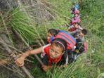 anak-sekolah-memanjat-tebing_20160527_010402.jpg