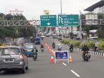 arus-lalu-lintas-kendaraan-di-jalan-raya-puncak-ganjil-genap.jpg