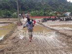 banjir-di-desa-sukamaju1.jpg
