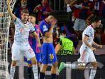 barcelona-dibantai-bayern-munchen-di-liga-champions-robert-lewandowski-rayakan-gol-ke-gawal-barca.jpg