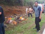 bus-kecelakaan-di-tanjakan-emen-kabupaten-subang-sabtu-1022018_20180210_213911.jpg