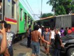 bus-transjakarta_20151128_184526.jpg