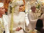 citra-kirana-dan-rezky-aditya-yang-sempat-malu-malu-di-acara-akad-nikah-pernikahan.jpg