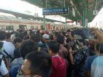 commuter-line_20171013_092929.jpg