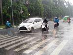 diguyur-hujan_20181024_163822.jpg