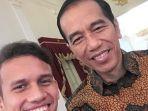 egy-maulana-vikri-foto-selfie-bareng-jokowi_20180323_191034.jpg