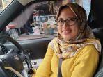 eldita-putri-driver-taksi-online-cantik.jpg