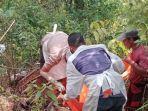 evakuasi-temuan-mayat-di-hutan-milik-perhutani.jpg