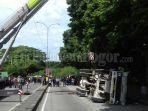 evakuasi-truk-molen_20180217_161042.jpg