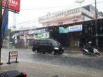 hujan-derasa-di-kawasan-puncak-kabupaten-bogor_20171212_125301.jpg