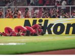 imnas-u-19-indonesia-sujud-syukur-saat-merayakan-gol-yang-dicetak-witan-sulaiman_20181025_073043.jpg