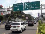 jalan-raya-puncak-kawasan-gadog-kecamatan-megamendung.jpg
