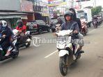 jalan-sukahati-cibinong-kabupaten-bogor_20180427_090854.jpg