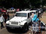 ke-lokasi-pelantikan-menggunakan-jeep-rubicon.jpg